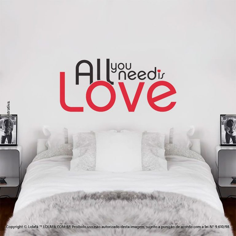 Adesivo Frases All You Need Is Love Mod:182